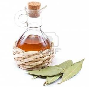 vinegar oil helps Treat Fingernail Fungus